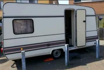 Wohnmobil mieten in Wassenaar von privat   Bürstner Holiday 4persoons Leuke Bürstner