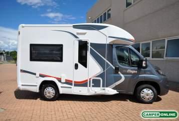 Wohnmobil mieten in Großheide von privat | Challenger  Petite Aventure