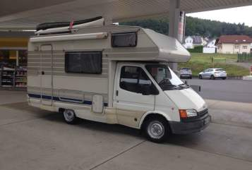 Wohnmobil mieten in Frankfurt am Main von privat | Ford Fluchtfahrzeug