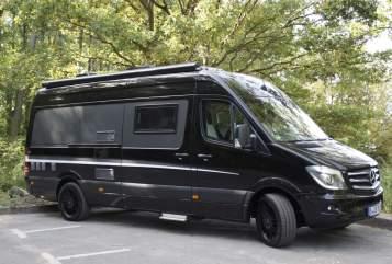 Wohnmobil mieten in Berlin von privat | Mercedes Benz Batman