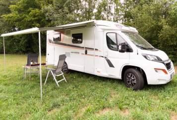 Wohnmobil mieten in Erding von privat | Weinsberg Cara Compact Beppo