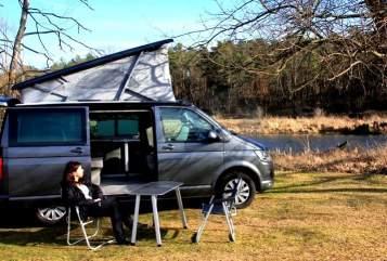VW T6 Camper Oscar, von privat mieten in Berlin