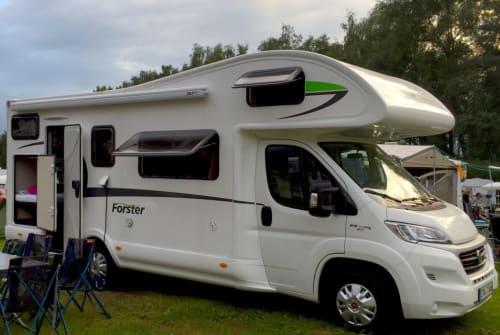 Wohnmobil mieten in Gilching von privat   Euramobil Forster FamilyCar