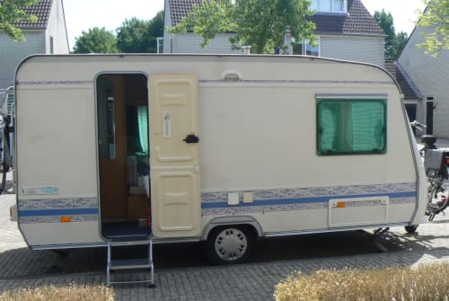 Wohnmobil mieten in Breda von privat   Adria Adria PH 430