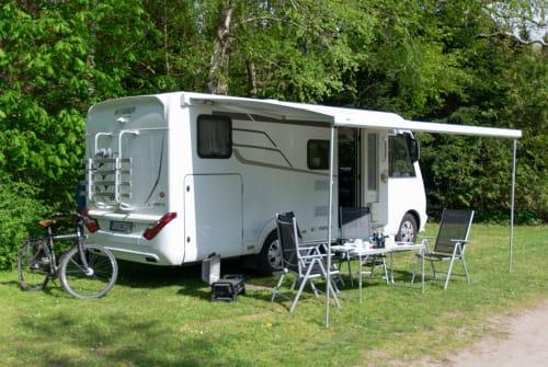 Wohnmobil mieten in Schwentinental von privat   Hymer Luxi