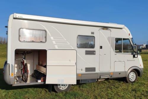 Wohnmobil mieten in Rotterdam von privat | Hymer comfortcamper