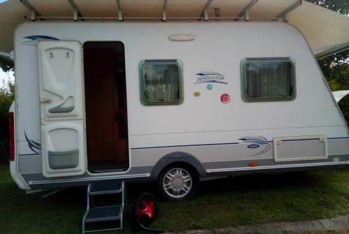 Wohnmobil mieten in Hinzenbach von privat   Caravelair Camperfun 1