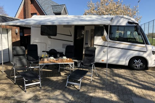 Wohnmobil mieten in Kellinghusen von privat | Eura Mobil Lucky