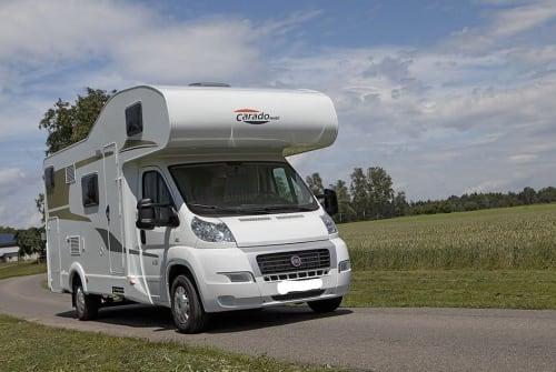 Wohnmobil mieten in Trier von privat   Carado Family Molnar