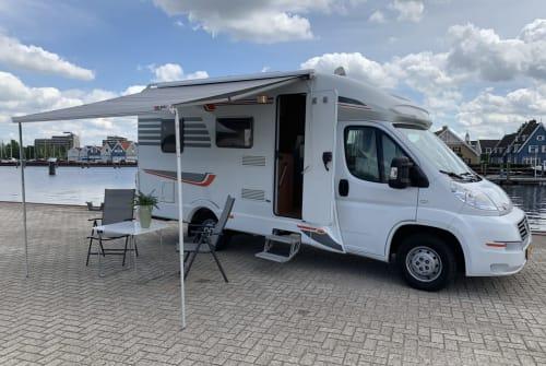 Wohnmobil mieten in Huizen von privat   Fiat Luxe Camper