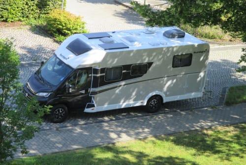 Wohnmobil mieten in Göttingen von privat | Sunlight Sunny