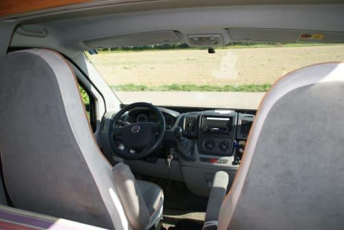 Wohnmobil mieten in Pforzheim von privat | Globecar  Think round