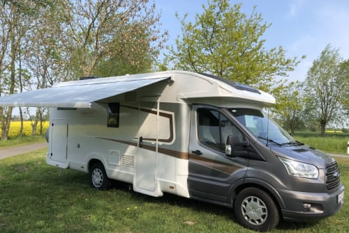 Wohnmobil mieten in Dahme von privat | nobelART auf Basis Ford Transit Paula
