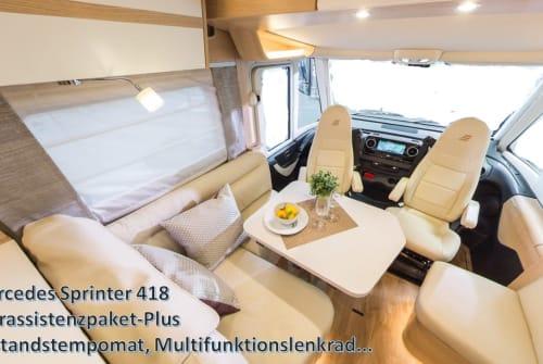 Wohnmobil mieten in Oberhausen von privat   Hymer Edel Premium MB