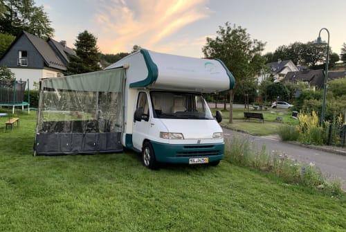 Wohnmobil mieten in Attendorn von privat   Weinsberg Hannes on Tour