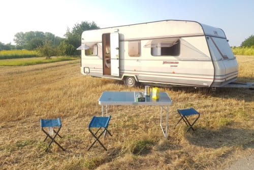 Wohnmobil mieten in Mannheim von privat   LMC Tiny Lena