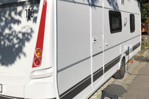 Wohnmobil mieten in Neuhaus am Rennweg von privat | Dethleffs Lotte