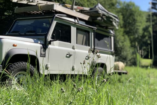 Wohnmobil mieten in Hauroth von privat | Land Rover Landy-Fendy