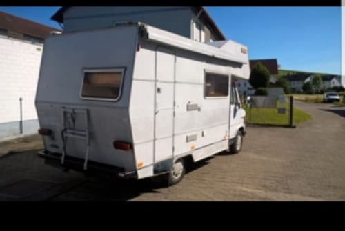 Wohnmobil mieten in Waldkirch von privat | Mercedes  Oldie