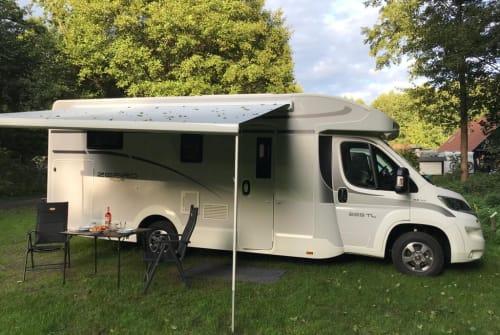 Wohnmobil mieten in Stadtroda von privat | Team Roller Zefiro Plus 265