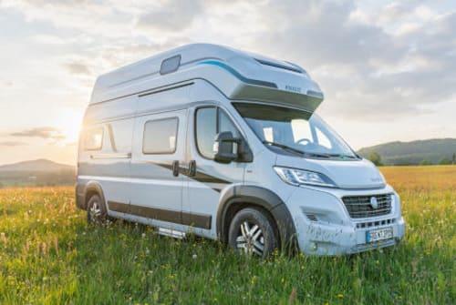 Wohnmobil mieten in Neufahrn bei Freising von privat   Knaus Lea