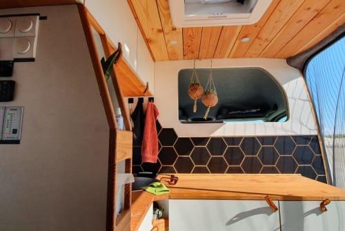 Wohnmobil mieten in Donaustadt von privat   VW Craftibär