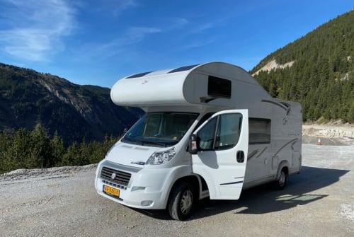 Wohnmobil mieten in Halsteren von privat | T.E.C. / L.M.C. Fiat OffGrid Alkoof