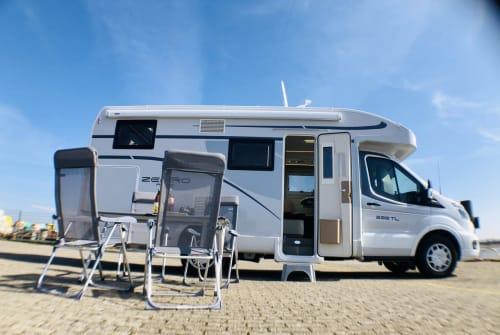 Wohnmobil mieten in Tönning von privat | Roller Team Wumba