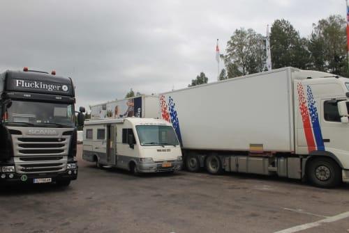 Wohnmobil mieten in Nieuwerkerk aan den IJssel von privat | Mercedes Mirage