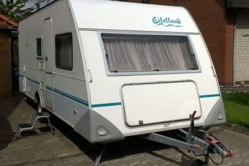 Wohnmobil mieten in Trassenheide von privat   Knaus Eifelland  Holli