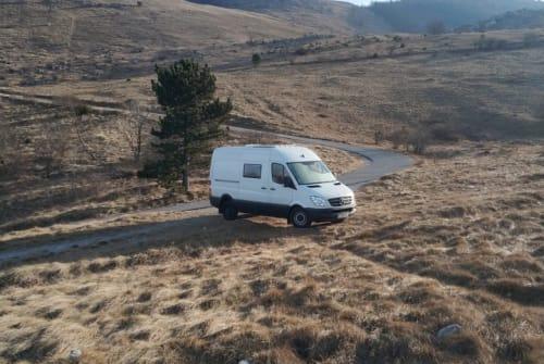 Wohnmobil mieten in Linz von privat   Mercedes  Willie The Van