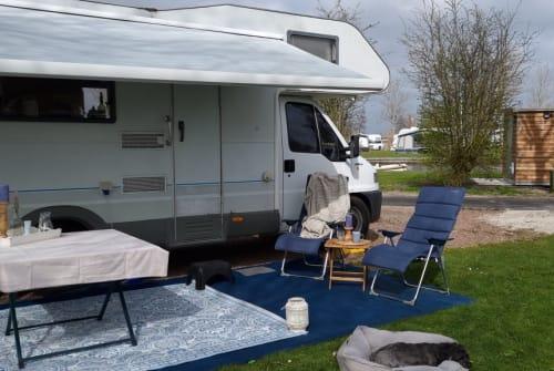 Wohnmobil mieten in Heemskerk von privat   Knaus Happy Blue