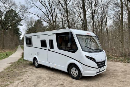 Wohnmobil mieten in Bladel von privat   Dethleffs Globebus nieuw