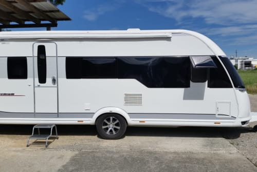 Wohnmobil mieten in Günzburg von privat | Hobby 540 KMFE  Hobby Premium
