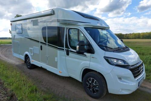 Wohnmobil mieten in Bernau bei Berlin von privat | Carado CORADO T449 Emo