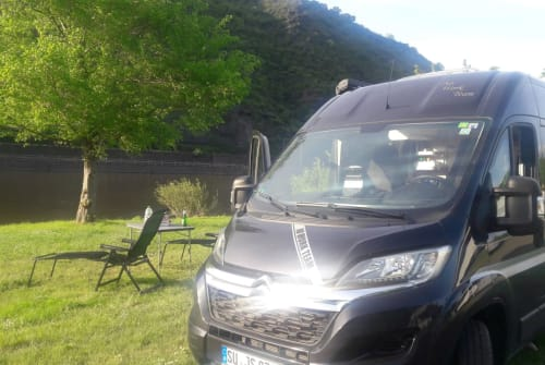 Wohnmobil mieten in Köln von privat | Clever Van No work