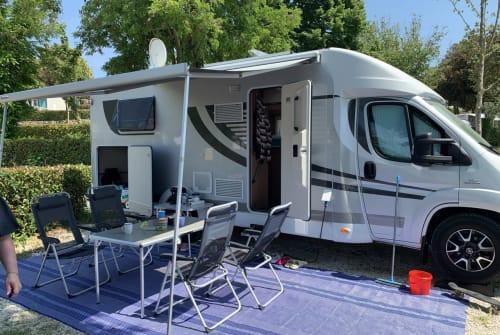 Wohnmobil mieten in Erding von privat | Orange Camp Caravelle