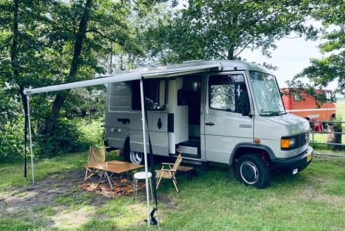 Wohnmobil mieten in Weesp von privat   Mercedes Carpe Momemtum