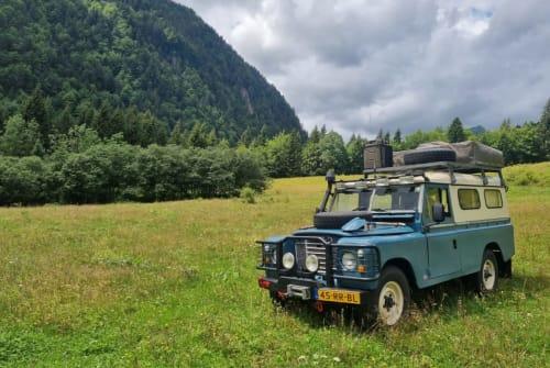 Wohnmobil mieten in Twisk von privat | Land Rover LandRover Ronja