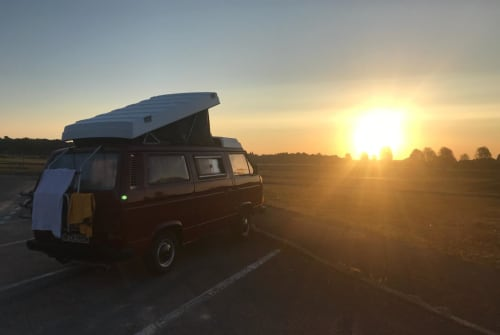 Wohnmobil mieten in Oldersbek von privat | Volkswagen der rote Blitz