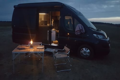 Wohnmobil mieten in Berlin von privat | Hymercar  Tevje