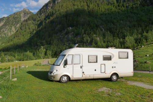 Wohnmobil mieten in Kenzingen von privat | Bürstner Emma