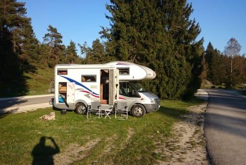 Wohnmobil mieten in Amstetten von privat | Eura Mobil  Maja