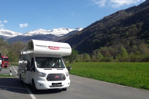 Wohnmobil mieten in Bad Honnef von privat | Challanger Idefix