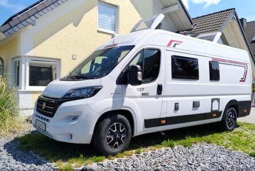 Wohnmobil mieten in Kruft von privat   Challanger Pellenz Camper