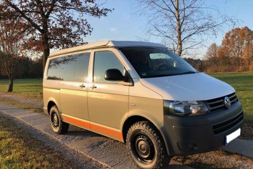Wohnmobil mieten in München von privat | VW T5 Offroad Sepp
