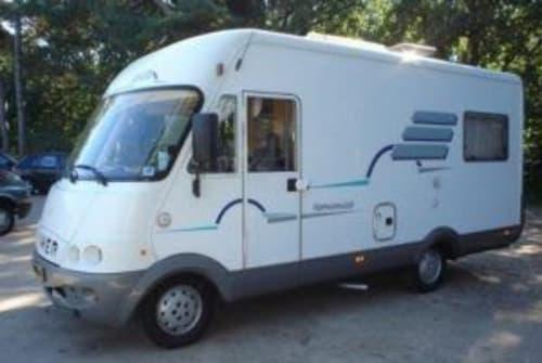 Wohnmobil mieten in Rogat von privat   Hymer Hymer B534