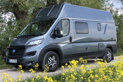 Wohnmobil mieten in Neufahrn bei Freising von privat | Knaus Luna
