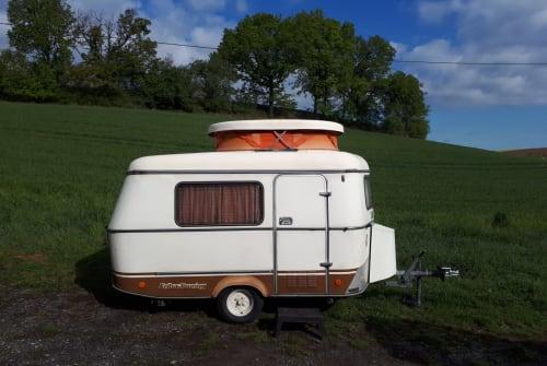 Wohnmobil mieten in Würzburg von privat | Eriba Knutschkugel