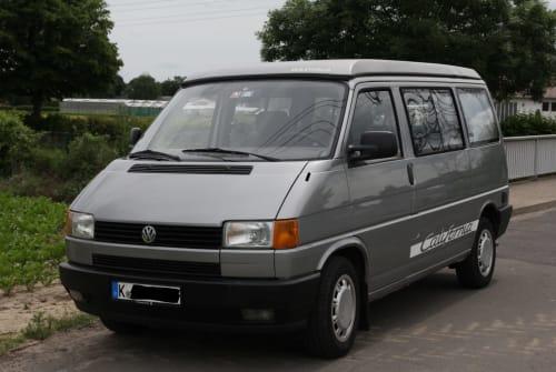 Wohnmobil mieten in Köln von privat | VW Bus Super-Flitzer